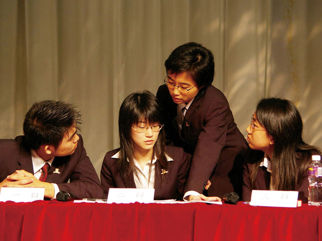 5th Intervarsity Debate Competition<br><br>The Putonghua debate team wins the competition